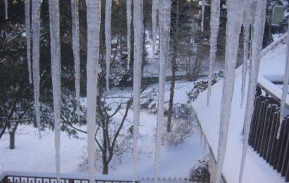 snow at John 20 2013March